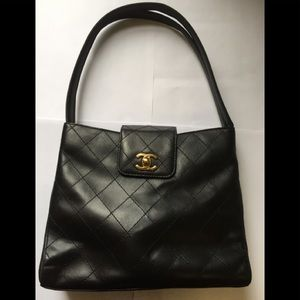 CHANEL Lambskin Diamond Switch Black Shoulder Bag